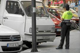 Cort puso cada hora 21 multas de aparcamiento o circulación en 2013