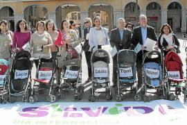 Los antiabortistas piden al Parlament que se dé prisa con la ley sobre la maternidad