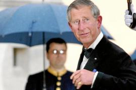El príncipe Carlos, en vilo por 27 cartas que cuestionan su neutralidad