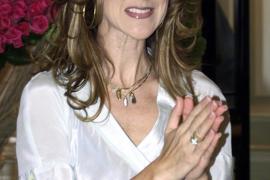 Celine Dion, a la espera de saber si será madre de nuevo