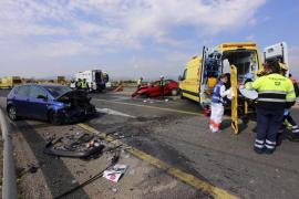 Accidente frontal en la autopista de Inca