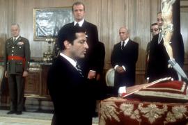 El Rey, Rajoy y la clase política destacan el ejemplo de consenso de Suárez