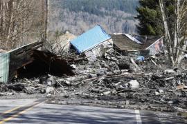 Las autoridades tratan de localizar a 108 persona tras un alud en el estado de Washington