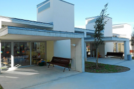 Una decena de escolares resultan heridos tras una agresión en el colegio de Maria
