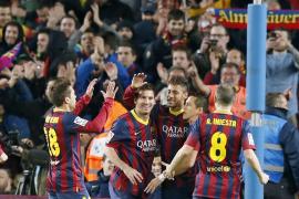 Barcelona's Neymar celebrates his goal with Alba, Messi , Alexis and Iniesta against Celta de Vigo during their La Liga soccer m