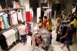 Balears experimenta el mayor descenso en ventas del comercio minorista