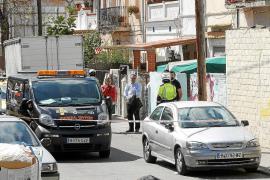 Los Mossos buscan a un acusado de matar a su mujer a navajazos en Barcelona