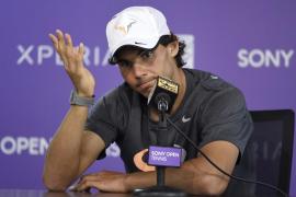 Nadal asegura que Djokovic es favorito para ganar la final de Miami