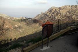 Editan postales y sellos a favor de la recuperación de la zona de la Serra de Tramuntana afectada por el incendio