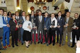 La Escola Taurina premia a Juan José Padilla por su última actuación en Palma