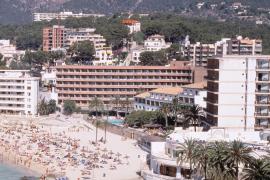Todos los partidos acuerdan modificar el Decreto Nadal para renovar la planta hotelera