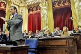 PSIB y Més concluyen que Bauzá debe ser declarado incompatible