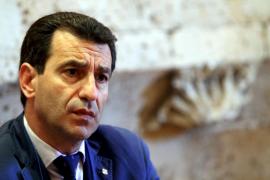 El Govern prepara sus «armas» para detener las prospecciones por vía judicial