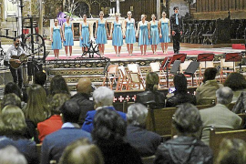 palma Ilumínalo de Azul en la Catedral de Palma