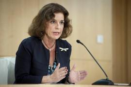 Botella y Sáenz de Santamaría sobre Aguirre: «La ley es igual para todos»