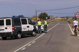 Fallece un ciclista atropellado por un coche en Muro
