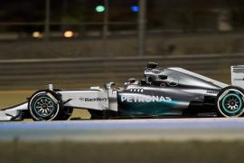 Sólo Alonso se acerca algo al dominio absoluto de los Mercedes en Baréin