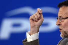 Rajoy confía en el olfato de los españoles para dar al PP la victoria en las europeas