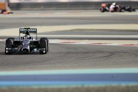 Rosberg saldrá desde la 'pole' en Baréin y Alonso arrancará noveno