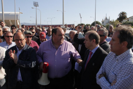 Los taxistas decidirán en referéndum el sistema de turnos