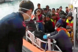 Soledad Becerril : «Los inmigrantes que se suben a la valla están en territorio español»