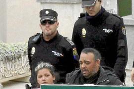 Gran despliegue policial en el cementerio de Palma por la muerte de un hijo de 'La Paca'