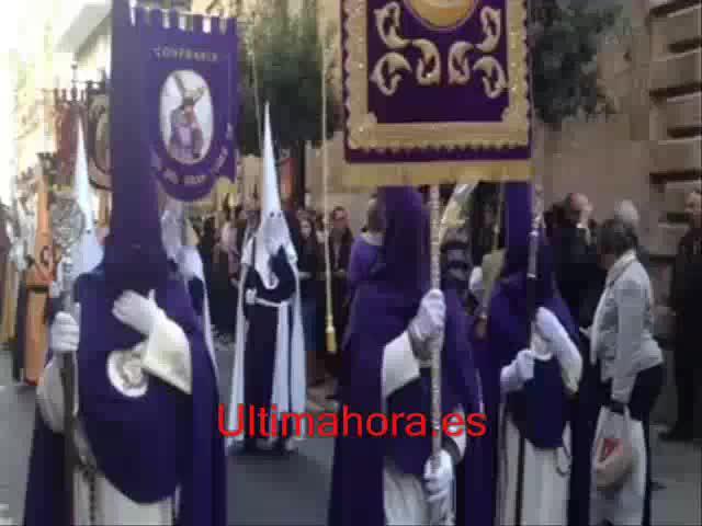 La Processó dels Estendards recorre el centro de Palma en el arranque de la Semana Santa