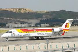 Eivissa y Menorca se convierten en una «ratonera» por falta de plazas de avión