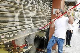 Emaya provoca una nube de polvo que indigna a los comerciantes de Sindicat