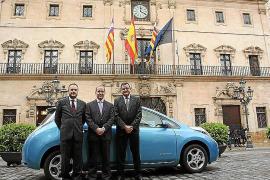 Autos Nigorra entregó un Nissan LEAF al Ajuntament