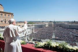 El papa Francisco invocan la paz mundial al clausurar su segunda Semana Santa