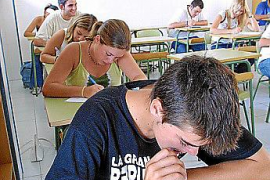 Educació cubrirá este año 64 plazas de director de centros de Balears
