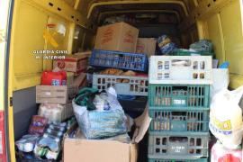 Intervienen una tonelada de alimentos en mal estado en el puerto de Palma