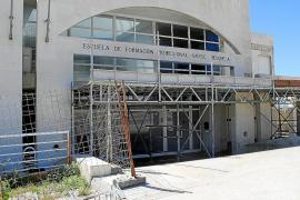 Lamentable y tercermundista estado del edificio de la Escuela de Formación Náutica