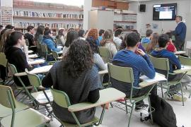 Educació propone reducir aulas en Secundaria para el próximo curso