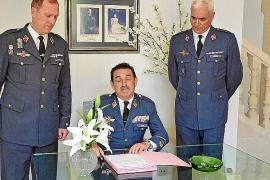 Román Carlos Martínez releva a Daniel Soriano al mando del aeródromo