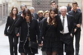 La familia del fútbol despide a Tito Vilanova en Barcelona