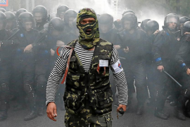Operado de urgencia un alcalde del este de Ucrania tras recibir un disparo