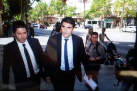 Julio Martínez declara como testigo  en relación al funcionamiento del correo de la Policía