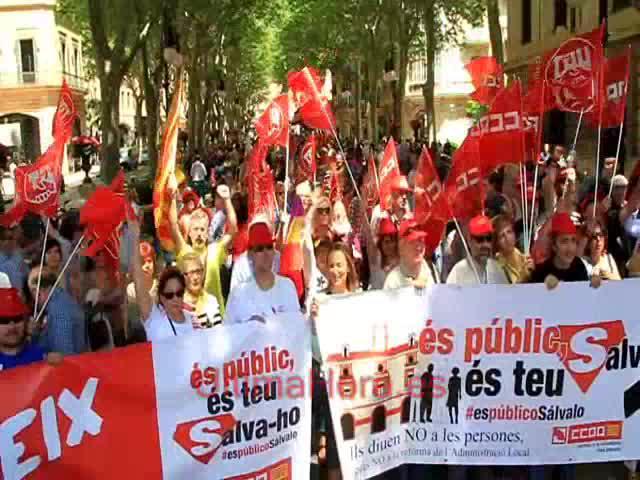 Dos mil personas se manifiestan en Palma contra el «genocidio» de la clase trabajadora