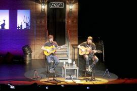 Palma 'se mueve' con la rumba de Estopa en un Trui Teatre lleno