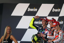 Nueva exhibición de Márquez en un Gran Premio de España en el que Lorenzo se queda sin podio