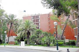 El hotel Meliá de Mar cumple medio siglo de existencia