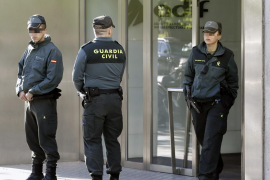 Varios detenidos por presunta malversación de fondos del AVE a Barcelona