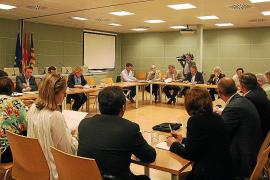 Patronales y Govern logran consensuar el borrador de la Ley de Comercio