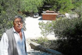 El chiringuito de Cala sa Nau ha abierto antes de ser adjudicado