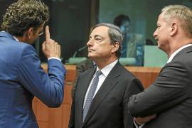Bruselas y el BCE reclaman a España que acelere los recortes