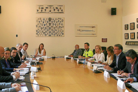 La Guardia Civil intensificará las campañas de tráfico sobre los ciclistas en la Isla