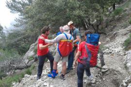 Los Bombers de Mallorca rescatan a un excursionista