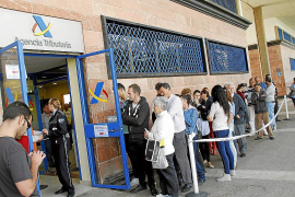 Colapsado el teléfono de cita previa de la Renta Ágil en Palma, Inca y Manacor